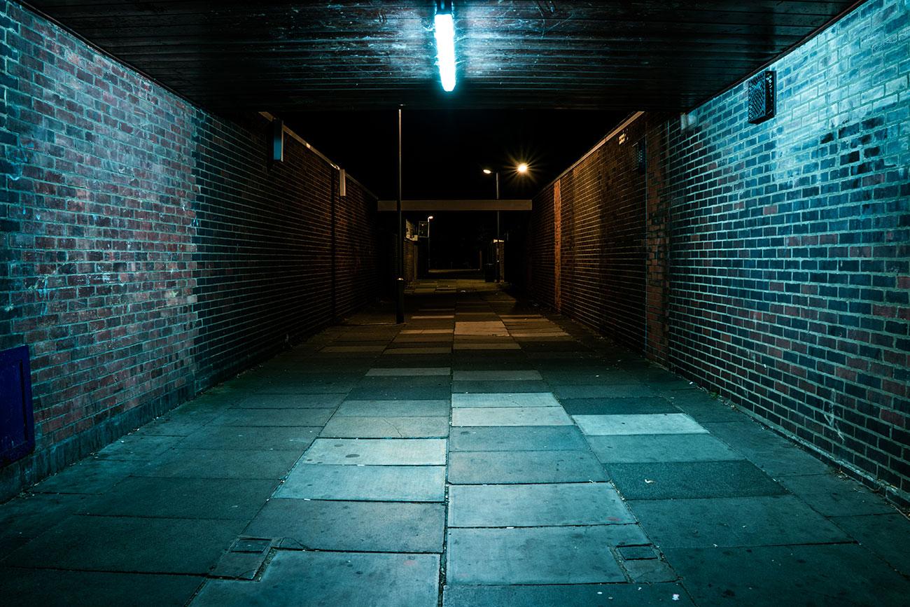 Ballards Walk Shops Alley Basildon